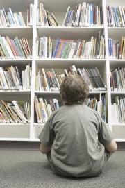 Child in library1